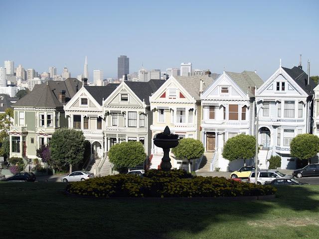 Painted-Ladies-Haight-Ashbury-San-Francisco