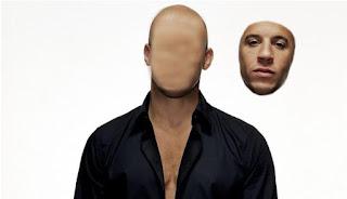 Bagaimana cara Mengedit Foto Wajah Terlepas atau Membuat Hantu Muka Rata