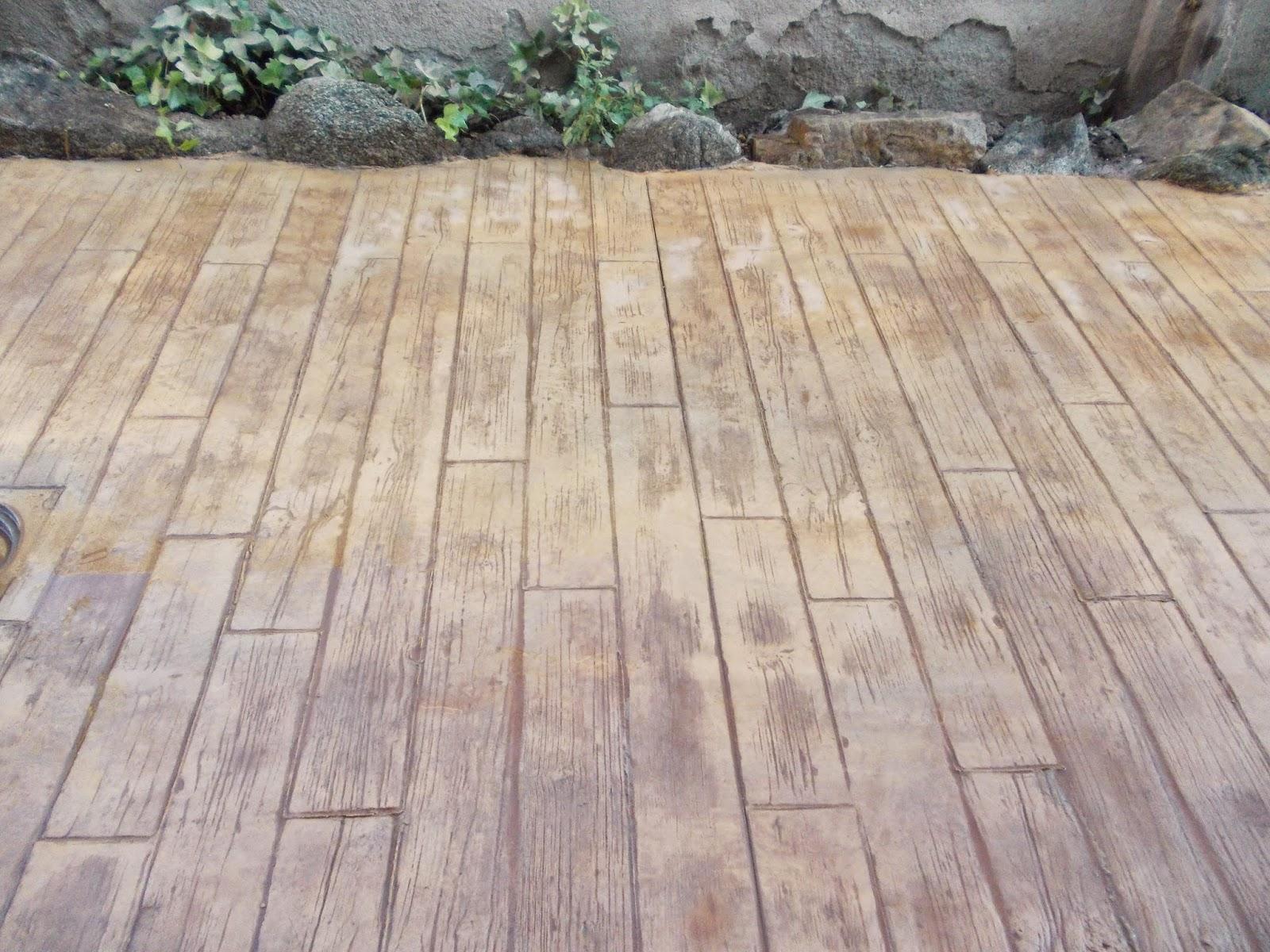 Pavimento continuo de hormig n impreso en guadamur for Resina para hormigon