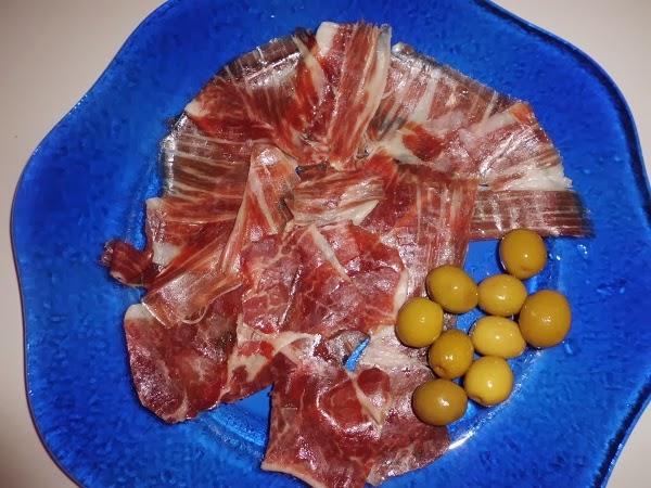 plato de jamón iberico jamón y pico