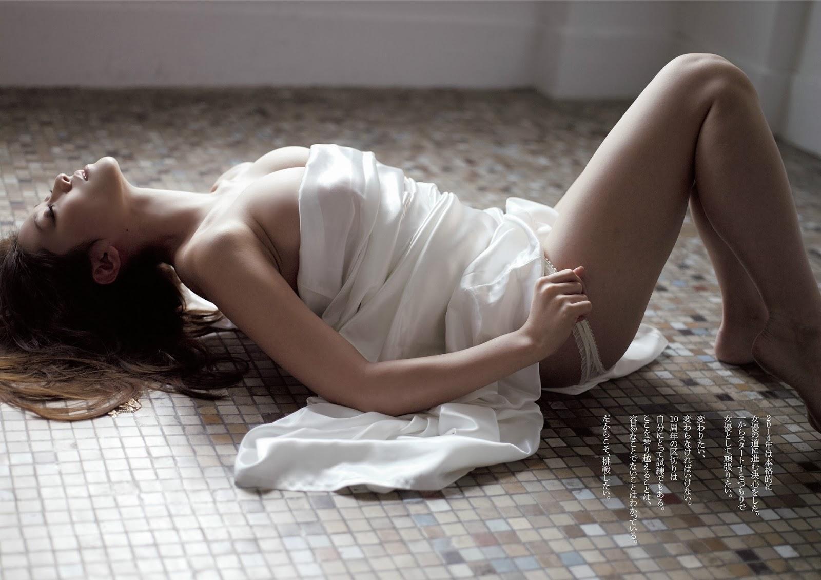 Hara Mikie 原幹恵 Weekly Playboy Jan 2014 Wallpaper HD