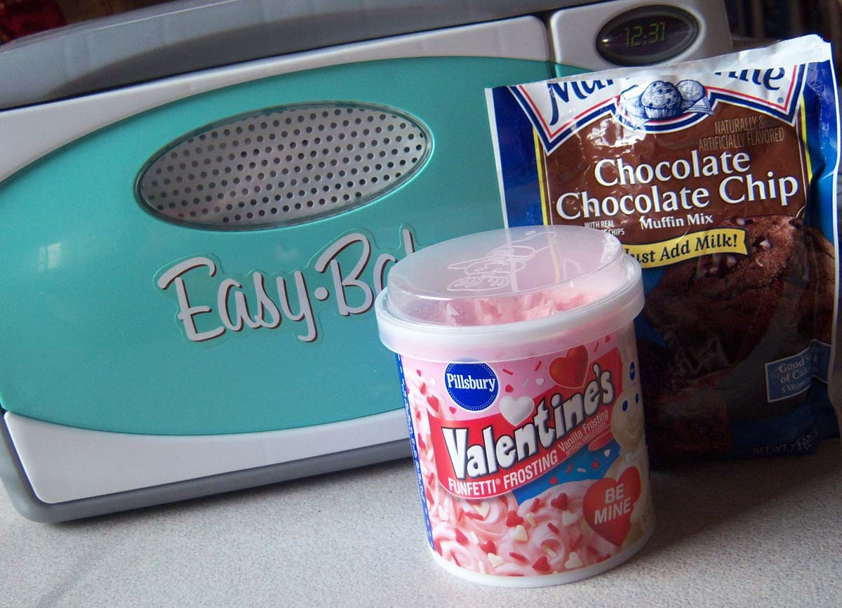 Can I Use Regular Cake Mix In Easy Bake Oven