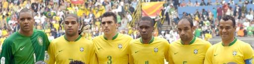 Foto da seleção de 2006. Dida, Lucio, Juan, Emerson e Cafú