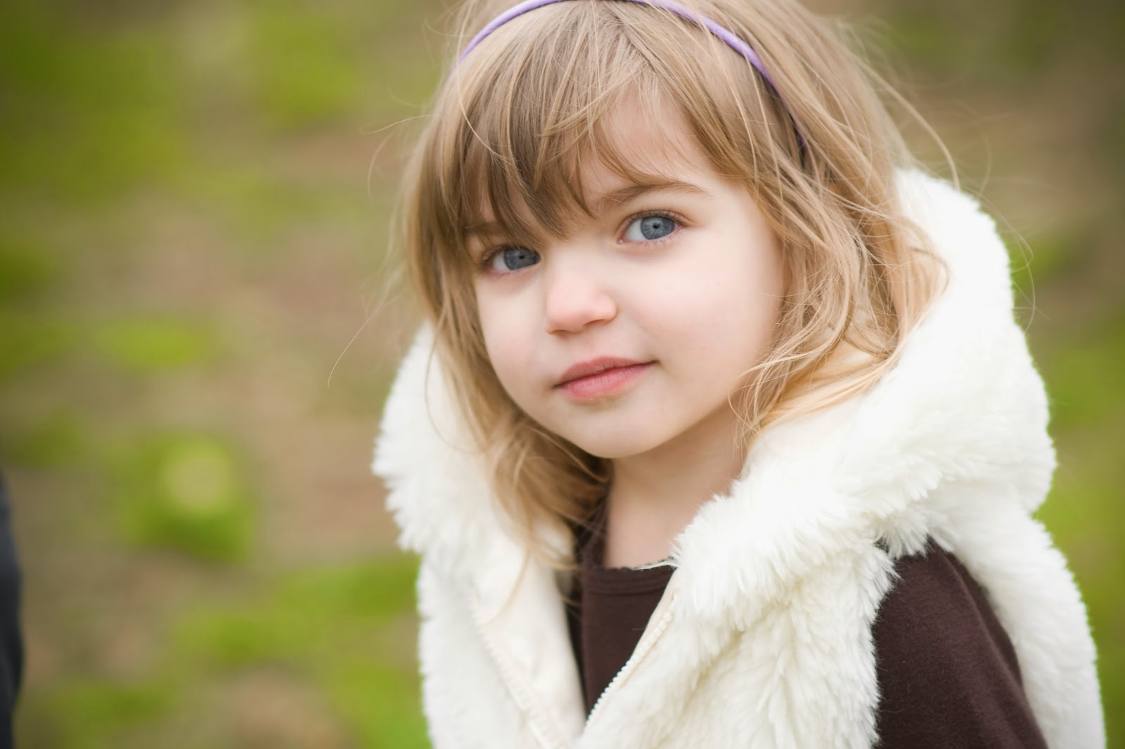 cute baby girls with blue eyes image | cute baby wallpapers