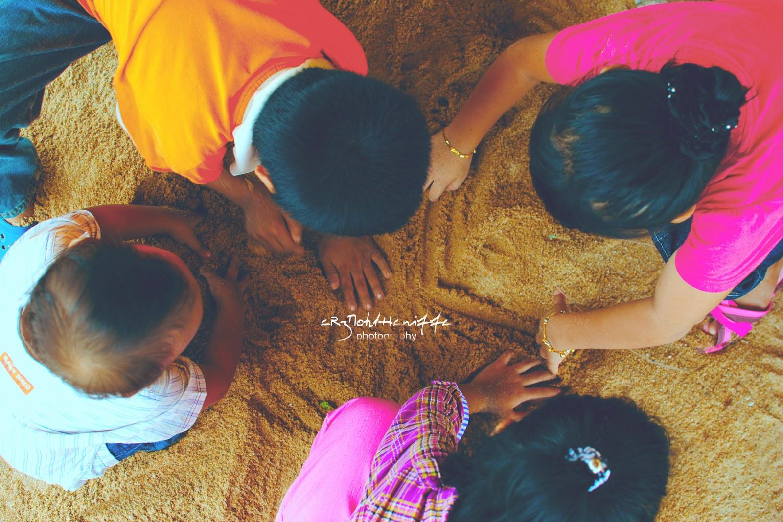 Kids, Play, kanak-kanak, Baby, boy, girl, sand, pencarian bloglist