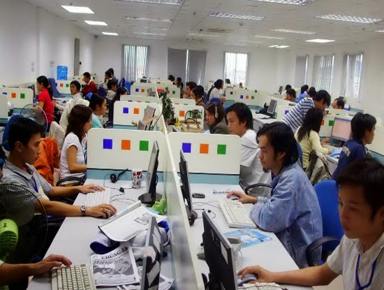 http://www.hoangdh.com/2014/06/ien-tu-cntt-se-la-nganh-cong-nghiep-chu.html