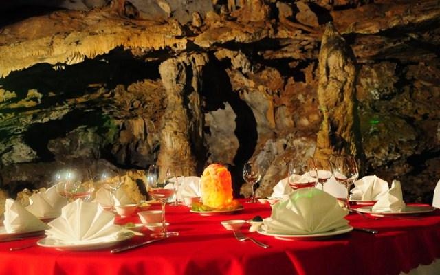 Dinner in Cave - Calypso Cruise