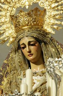 http://www.fotoscofradesutrera.es/2013/10/rosario-vespertino-en-honor-ntra-sra-de.html