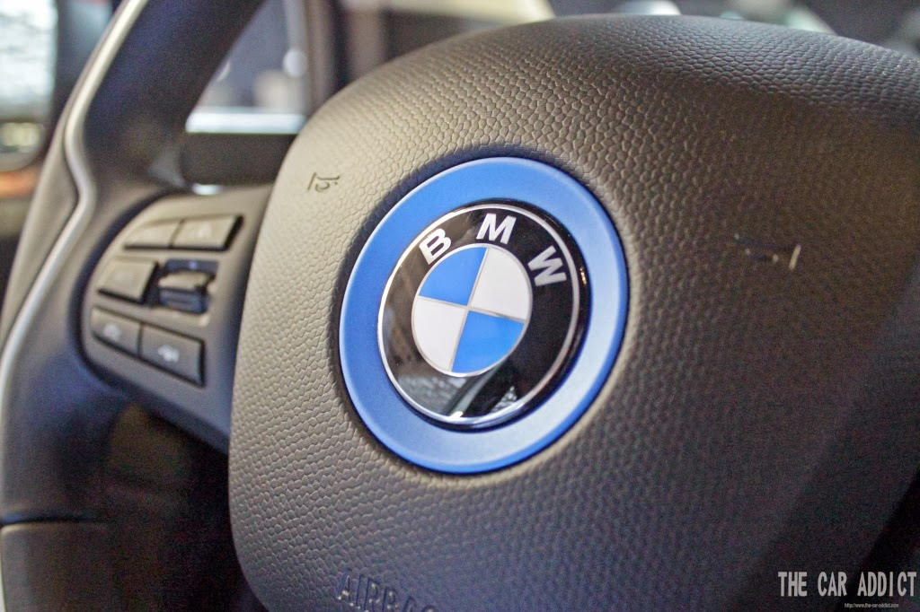 BMW i3 Steering Wheel Blue Logo
