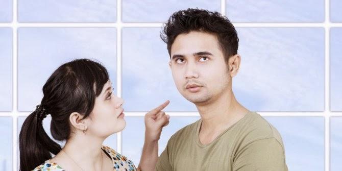 5 Sikap Wanita Membuat Pria Galau
