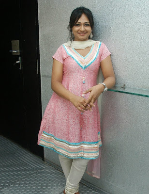 Shantini Theva Hot Photos   nudesibhabhi.com