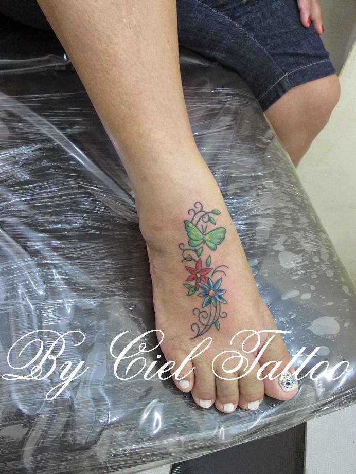 Ciel tattoo tattoo de flores e borboleta for Tattoo de flores