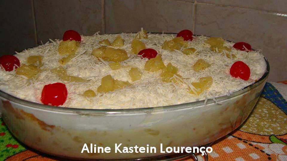 Top Bolo de Abacaxi de travessa com creme de leite ninho - Culinária  JK75
