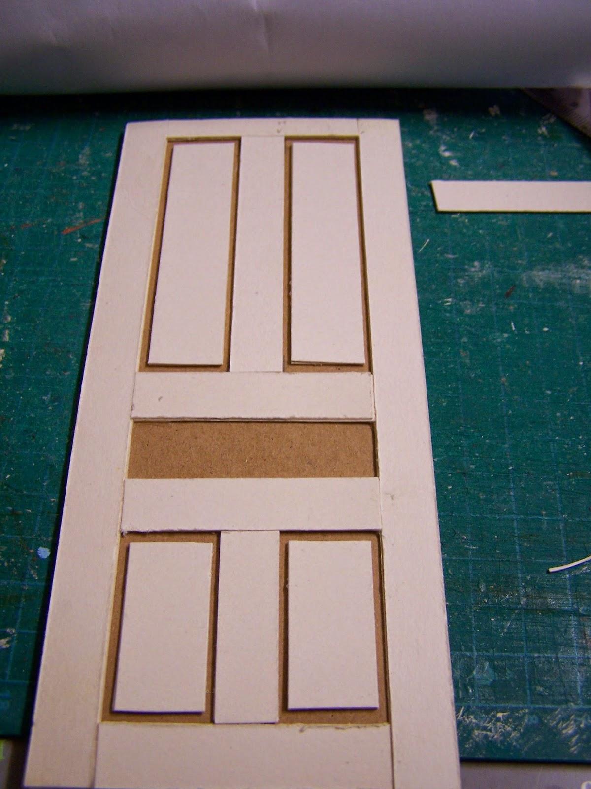 Miniaturas y casas de mu ecas puerta reciclada - Casas miniaturas para construir ...