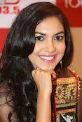 Ritu Varma new glam pics-thumbnail-9