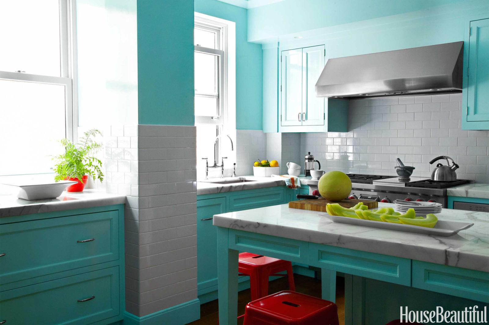 Robins Kitchen Garden City Loveisspeed Inside A Happy Family Home With Vivid Colors