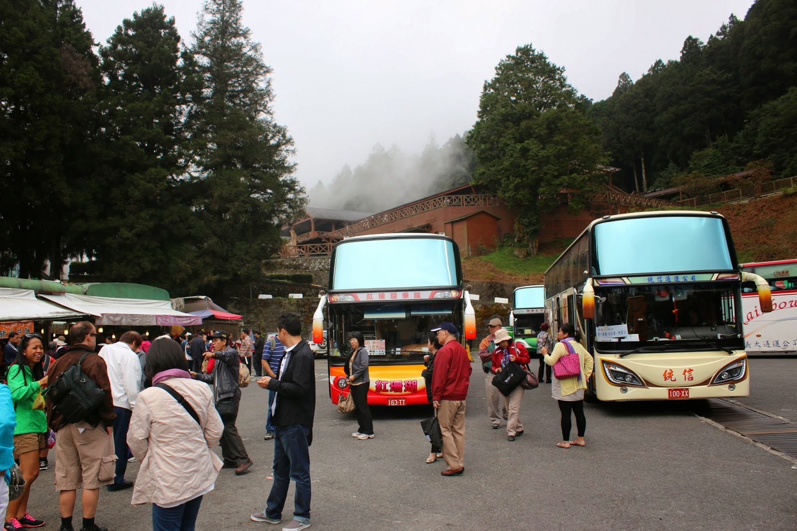 Seeing many tour buses at Alishan National Scenic Area arrival at Chiayi county of Taiwan