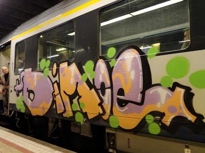 train graff