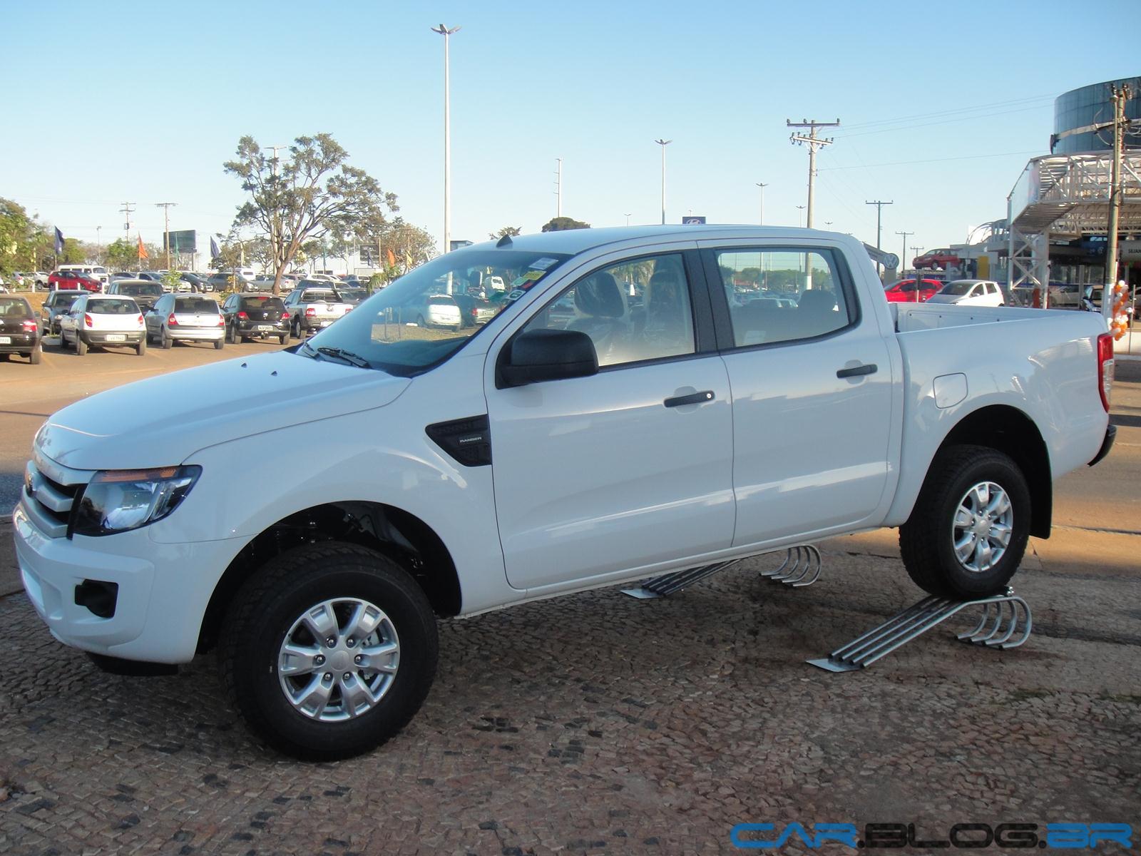 Nova ford ranger xls cabine dupla 2 5 flex 2013 branca