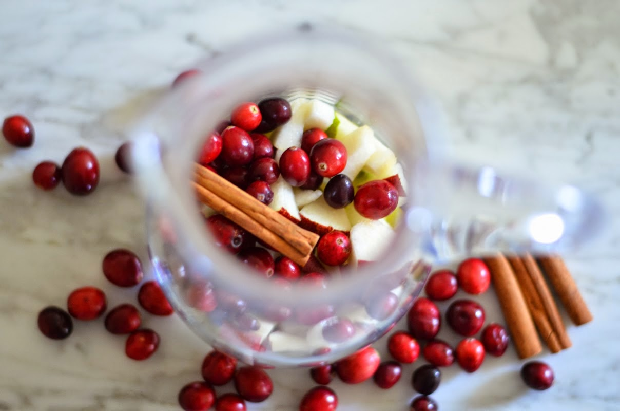 Winter Apple Pear + Cranberry Sangria | Luci's Morsels :: LA Food + Lifestyle Blog