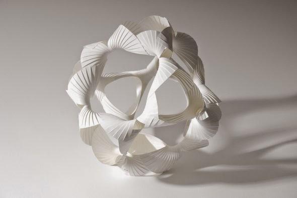 Richard Sweeney esculturas de papel formas geométricas fotografia luz sombras