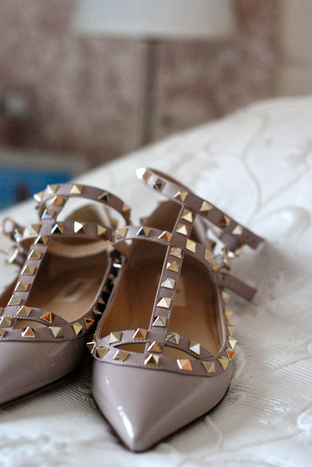 valentino,valentino studded flat shoes,trendydolap valentino