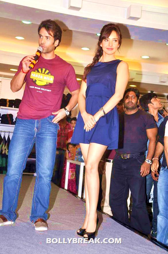Neha Sharma in a blue shift dress - Neha Sharma blue dress kya super kool hain hum promotion