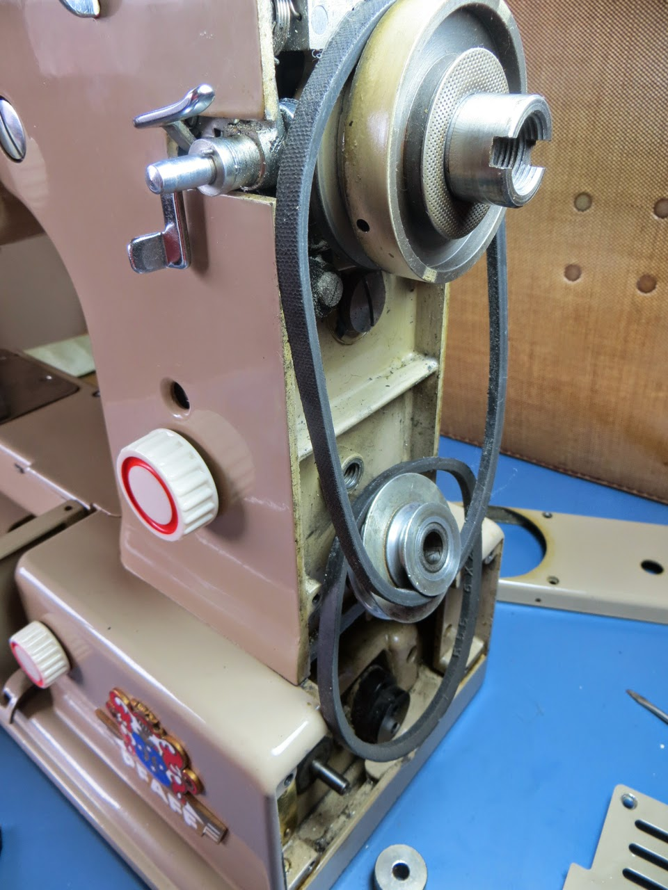 sewing machine cleaning and repair