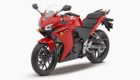 Honda CBR500R merah
