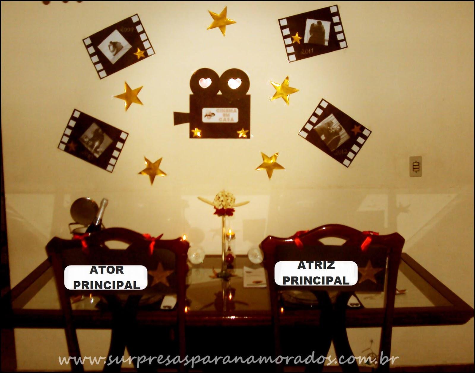decoracao casamento tema cinema: relacionamento, estrelas douradas e uma câmera com o tema do jantar