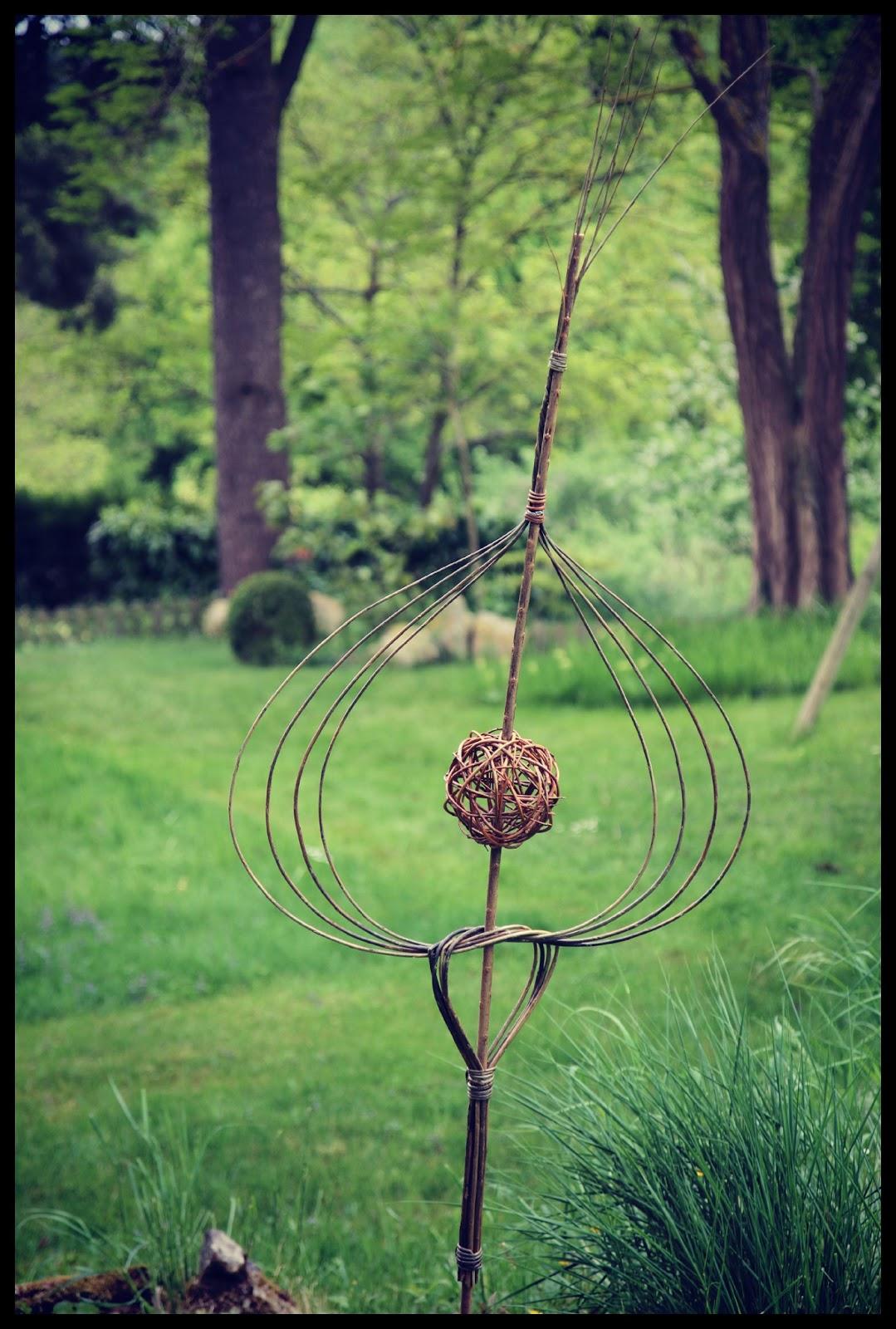 Le jardin des poussins tressage d 39 osier pour jardiniers for Jardin de jardiniers