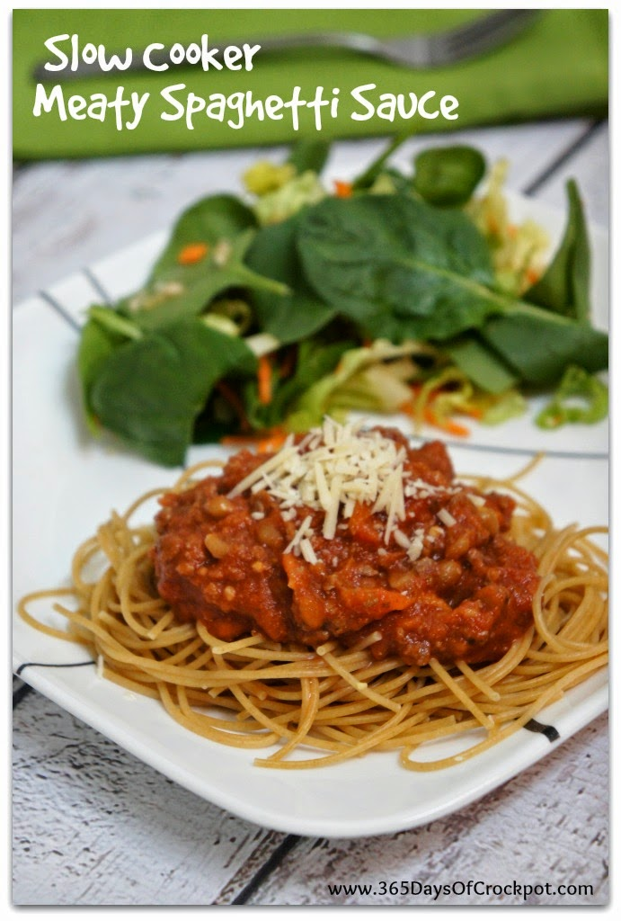 Crockpot recipe for meaty spaghetti sauce with lots of fresh veggies.  Perfect spring time meal. #easydinner #crockpotrecipe