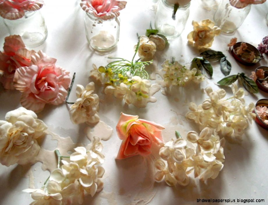 How to Upcycle Artificial Flowers with Plaster of Paris