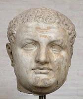 Busto del Emperador Romano Tito reinó entre el año 79 al 81 A. D.
