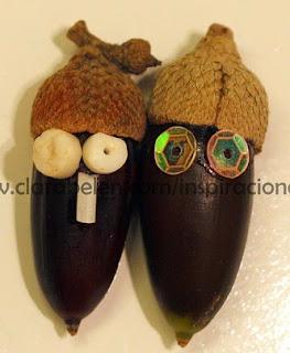 http://clarabelen.com/inspiraciones/610/manualidades-navidenas-para-ninos-munequitos-con-bellotas-y-semillas/
