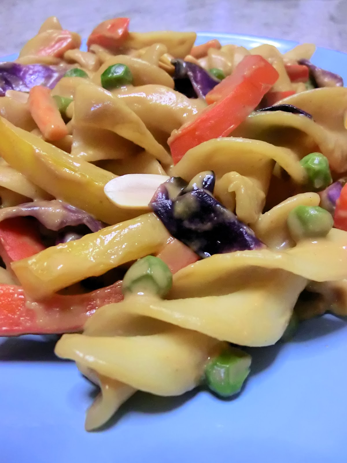 gluten free asian thai rainbow peanut sauce noodles pasta with peanut butter ginger honey soy sauce vinegar peppers carrots peas purple cabbage