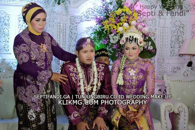Panggih Pengantin Pada Acara Resepsi Pernikahan Septi & Fandi [septifandi.ga] | Make Up, Busana & Dekorasi : Tunjungbiru.co.id | Foto : Klikmg.com