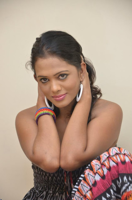Sri Lanka Up Coming Model Chandi Anupama Hot