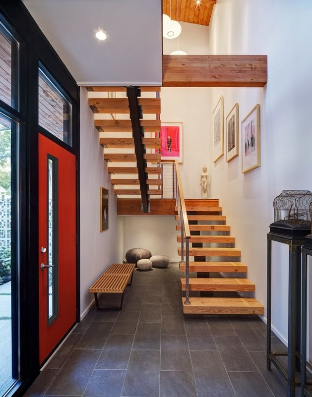 Дизайн интерьера лестничного пролета в частном доме фото