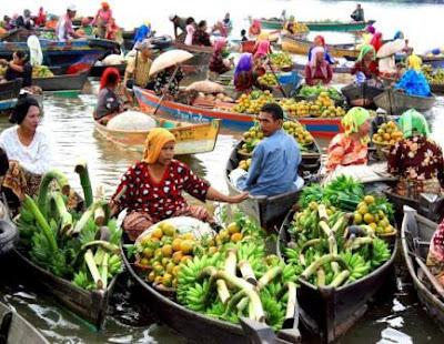 Floating Market (Pasar Terapung) Lok Baintan Martapura South Kalimantan