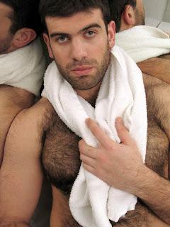 marcadores barba por fazer machos no banheiro peito peludo super ...