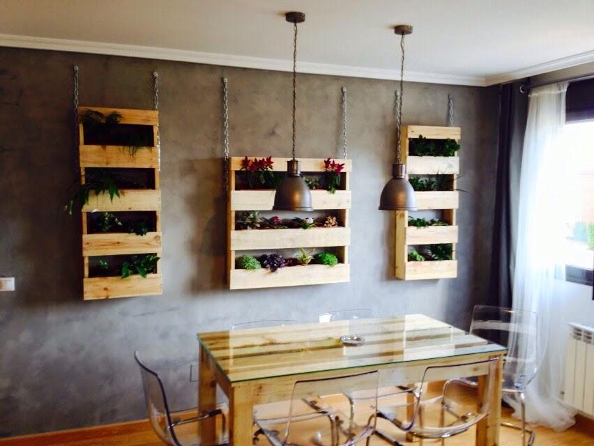 Muebles a medida jardineras y mesa con tablas de palets - Jardineras a medida ...