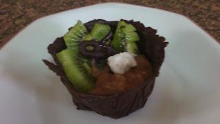 tartaletas de chocolate con kiwi