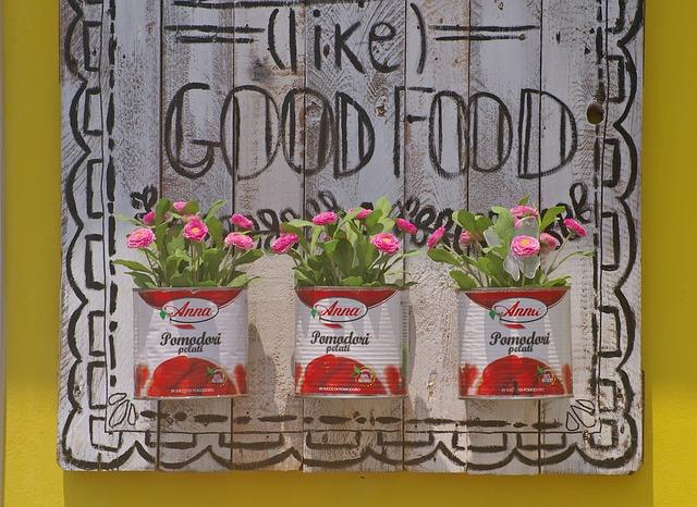 recyclage boite de conserve en pot de fleurs