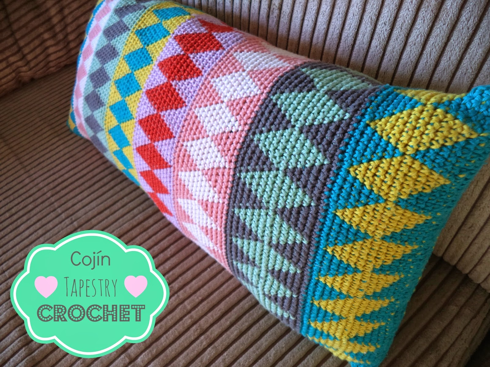 cojín tapestry crochet