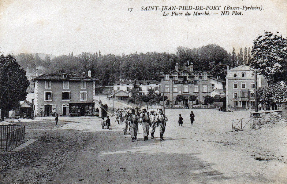 St jean pied de port ville de garnison for Construction piscine saint jean pied de port