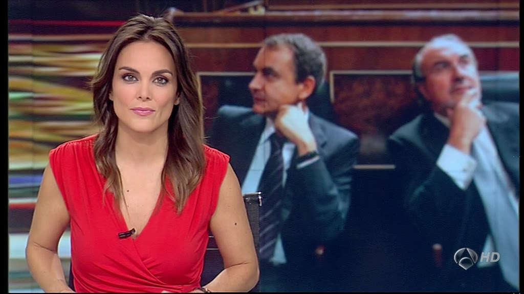 MONICA CARRILLO, ANTENA 3 NOTICIAS (18.11.13)