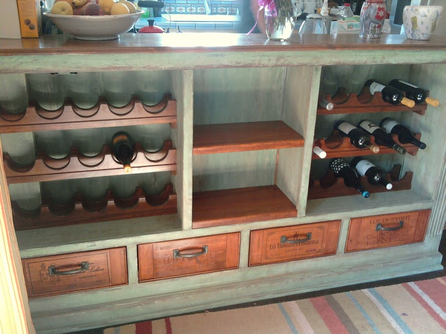 Wooden wine boxes wine crates 6 wine crate furniture for Wine crate furniture