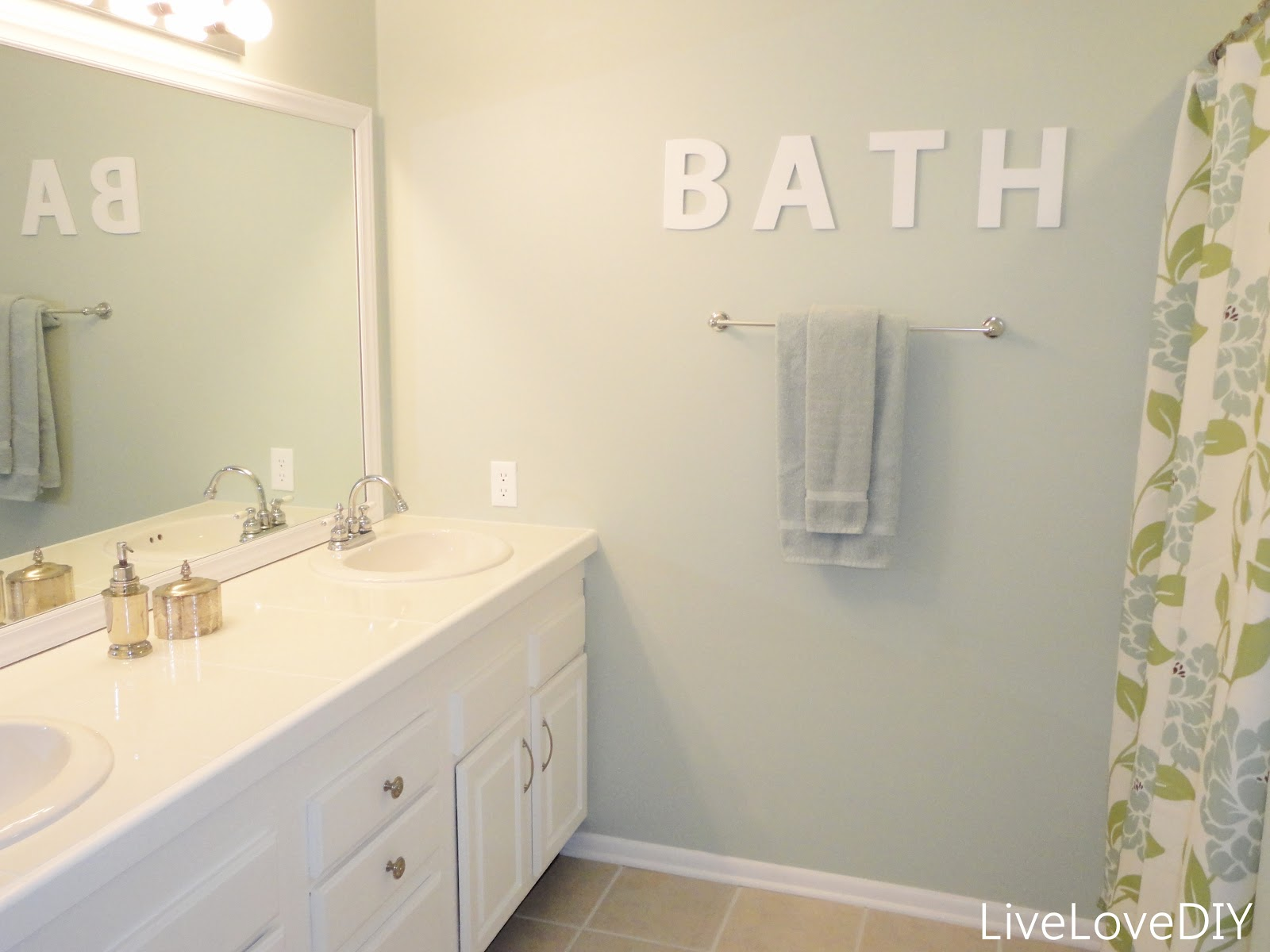 Bathroom Makeover Paint Tiles livelovediy: easy diy ideas for updating your bathroom!