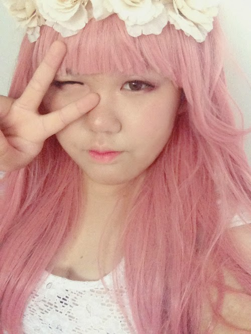 Gyaru Get up with Pink Synthetic Wiig & Eyes-cream Vanilla Circle Lenses